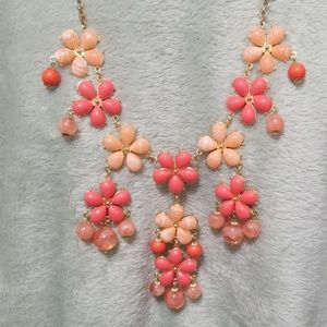 Mix it peachy orange Bib necklace